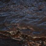 Meren Aaltoja Rantakivikossa