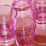 Vaaleanpunaisia laseja